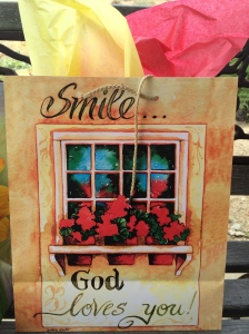 This Gift Bag reminds us to SMILE....because no matter what....God loves YOU!  You're on earth for a purpose...to live life to the full!